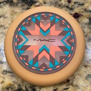 Limited Edition MAC Highlighter